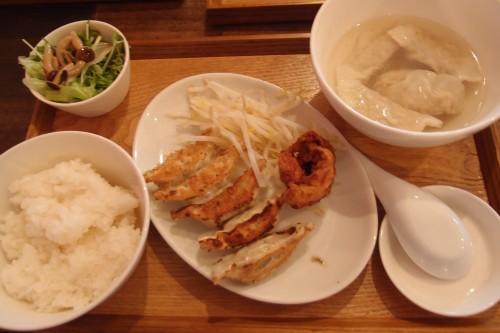 餃子とバル310 水餃子定食