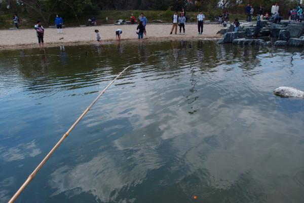 アクアマリンふくしまの魚釣り体験