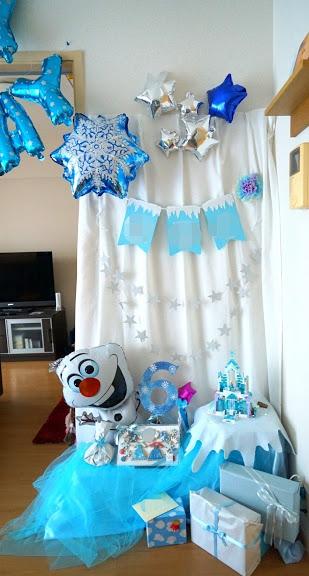 アナ雪のお誕生日の飾りつけ